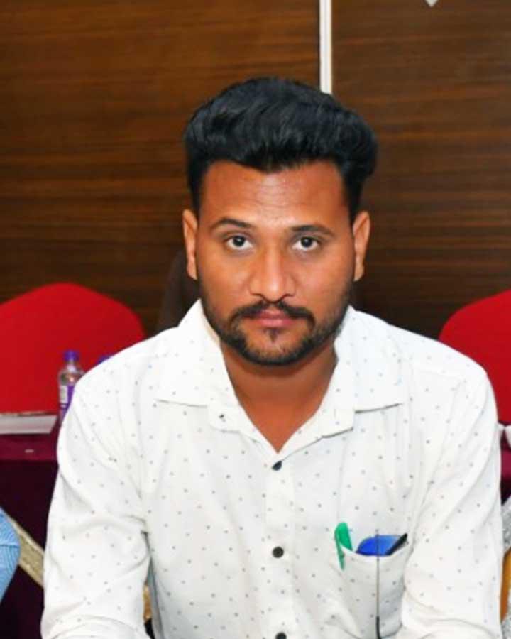 Jaskaran Mansa Achiever of august month Phoenix Life science Pvt ltd.